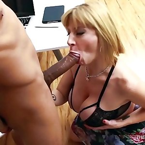 Sara Jay dick sucking pro