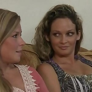 Scarlet Red and Kirsten Lee lesbian ass-munching