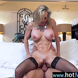 (brandi love) Hot Mature Lady Like And Enjoy Sex On Big Cock Stud clip-10
