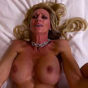 Mummy Assfucked And Drinks A Glass Of Cum