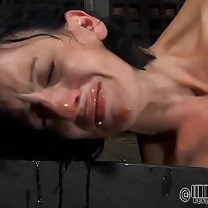 Cute lass waits for lusty anguish