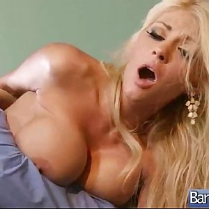 Naughty Patient (kayla kayden) And Doctor In Sex Adventures On Cam mov-15