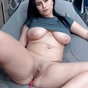 Chiling and masturbating fun - Pumhot.com