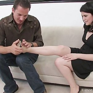 Simple foot fetish leads to xxx slamming