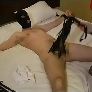 08-Jan-2015 D/s Slave learning Female dom beating a shaft (FemDom)