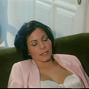 Vintage porn: italian wifey cheating on her husband