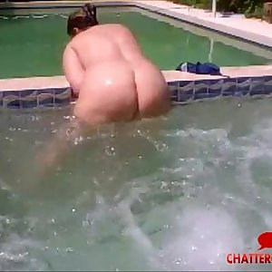 BBW Nude Jacuzzi Live Cam - Chattercams.net