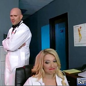 (laura bentley) Hot Slut Patient Get Hard Sex Treat From Doctor movie-23