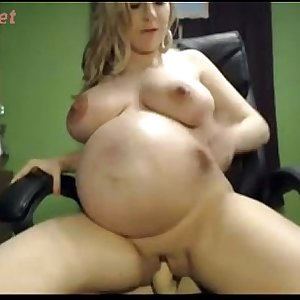 SUper HOT Pregnan WEbcam CHick