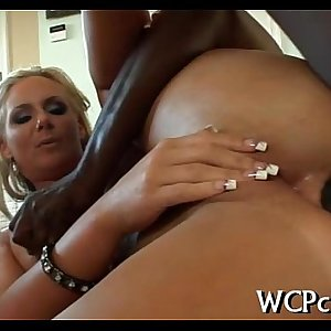 Lady is dual penetrated
